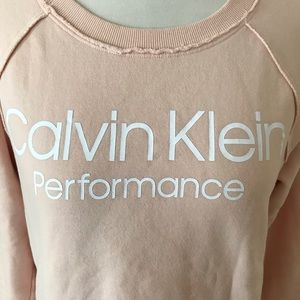 CALVIN KLEIN PERFORMANCE SWEATSHIRT BLUSH PINK